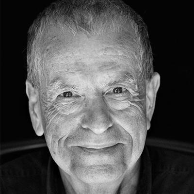 Aaron Ciechanover - 阿龍·切哈諾沃Nobel Prize in Chemistry 20042004年諾貝爾化學獎得主以色列生物學家