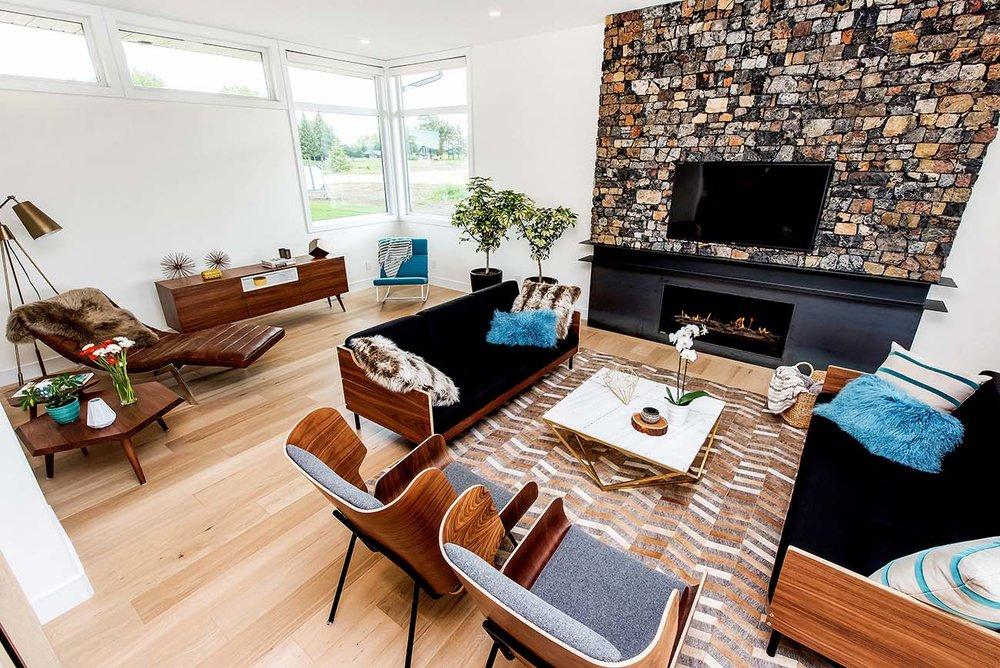 1-Living Room 3.jpg