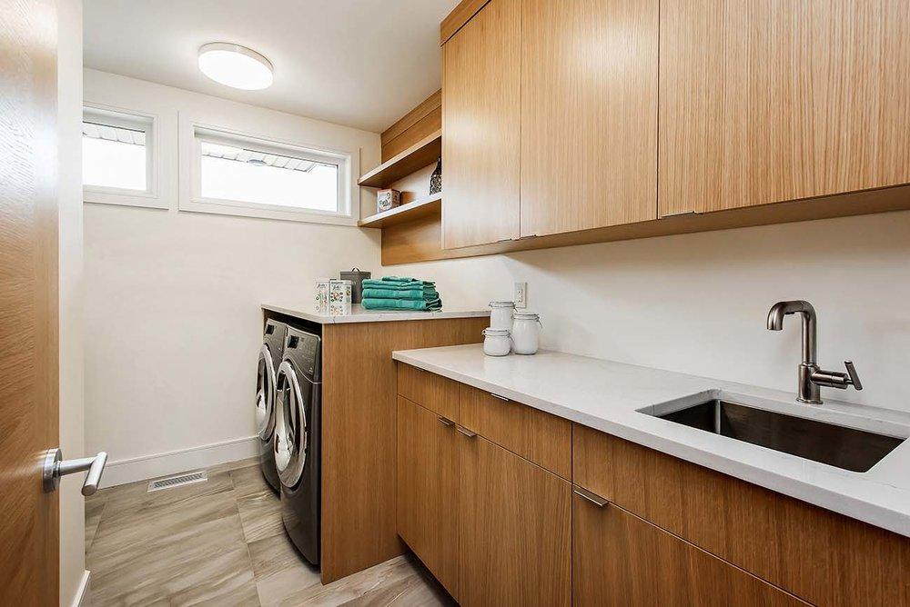 7-Laundry Room.jpg
