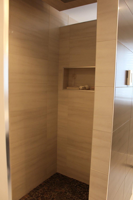 Copland Shower 1.jpg
