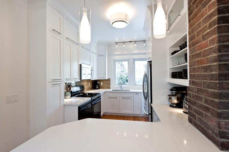 Borrassa Kitchen.jpg