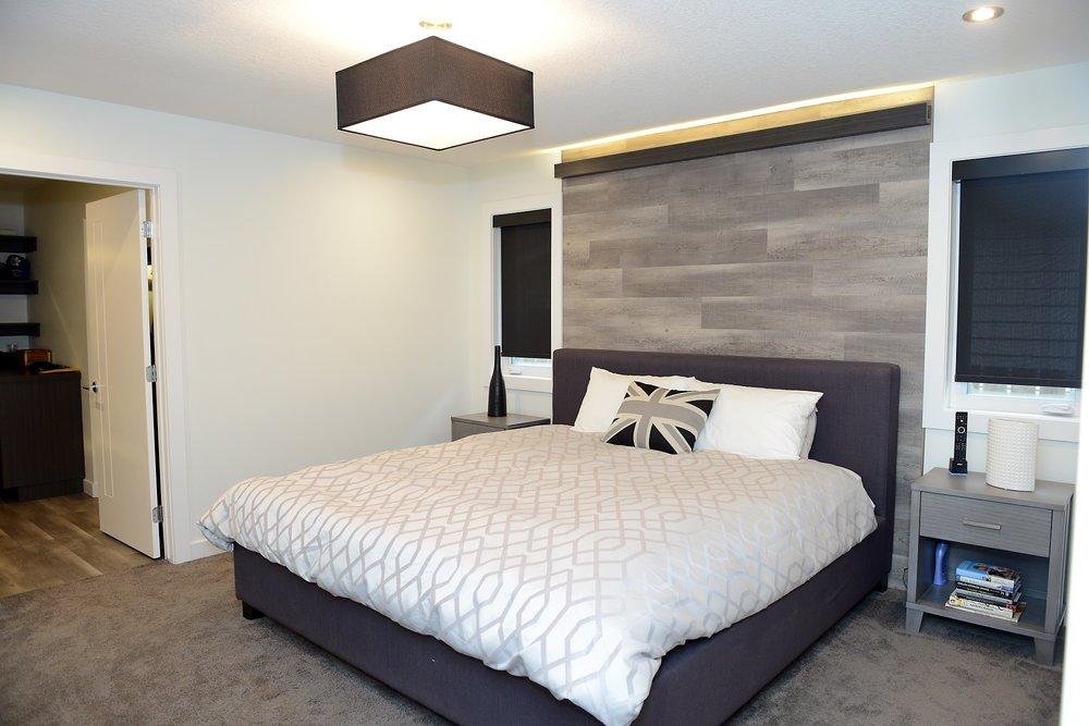 2430 Master bedroom.jpg