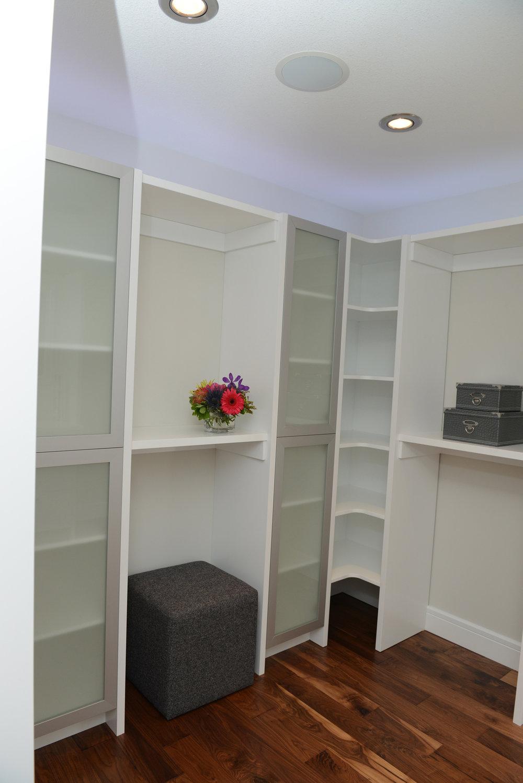 Master Dressing Room 1.jpg