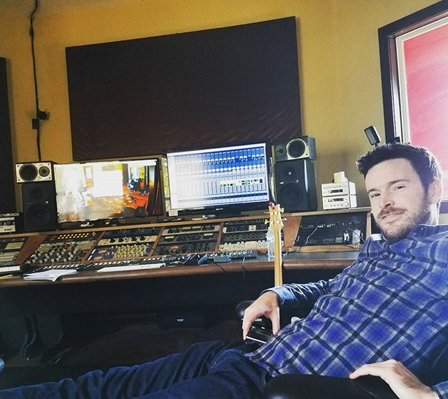 Kickin' it in the control room . . . . . #newtunes #newmusic #newsingle #controlroom #studio #recordingstudio #recording #tracking #austinmusic #atxrocks #austinmusicscene #rocknroll #bassist #mississippiqueen #thebanisters
