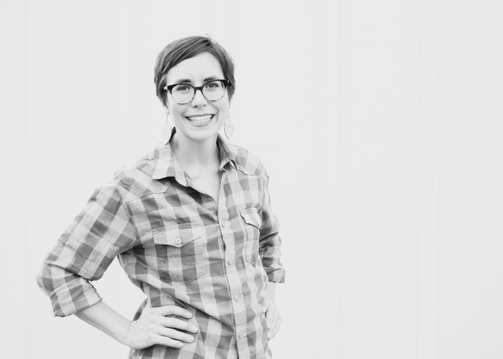 Abby Mathews - MANAGER OF COMMUNITY ENGAGEMENTAbby Mathews graduated with degrees in art and education, before she spent close to a decade pretending to be the adult in a ninth-grade fine arts classroom. She left teaching in 2009 to raise two daughters and pursue other creative interests. In 2017 Abby convinced her introverted best friend to launch a podcast with Jennie Nash called Mom Writes. Since then, she's been writing, podcasting, and generally being an online social butterfly.Abby's goal in life is to live inside Charlotte's Web, so you can often find her in the barnyard feeding a floppy-earred pig and chasing away Templeton.