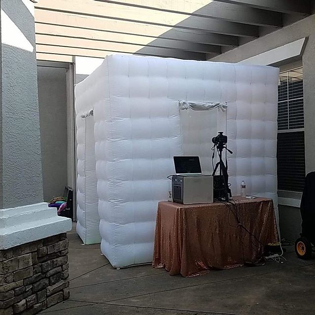 When the sun goes down and the lights come on is when the party starts to get crazy! Hope you all are enjoying your summer celebrations! #photobooth #weddingseason #eventrentals #partytime #wedding #photography #summer #inflatable #picturetime #saycheese #photographer #happybirthday
