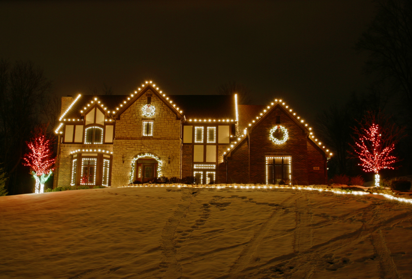 christmas-lights-on-my-house.jpg