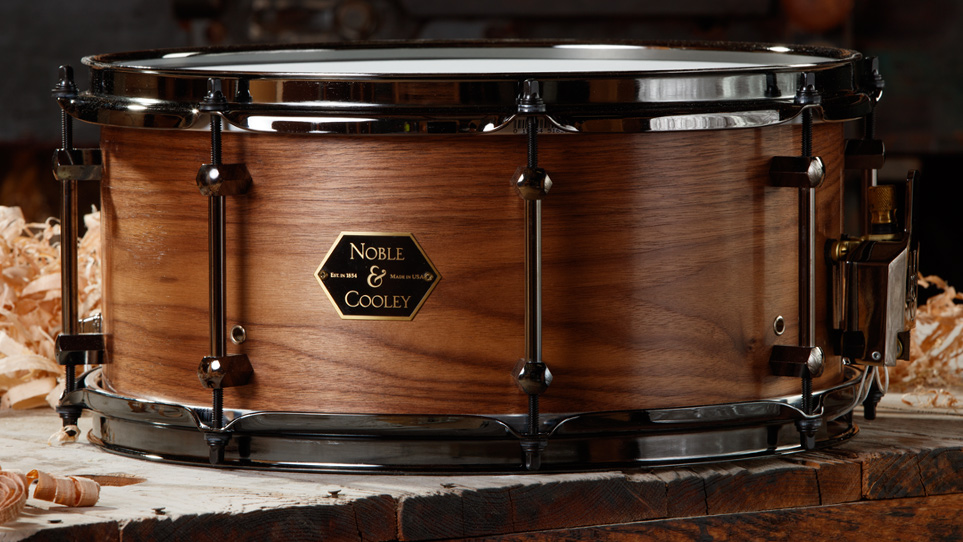 Walnut 6.5 x 14 Natural With Black Chrome Hardware