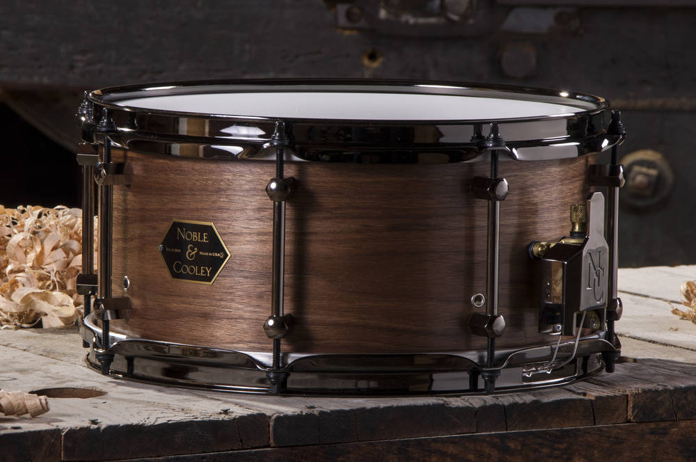 Walnut 6.5 x 13 Natural Oil With Black Chrome Hardware
