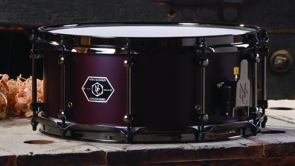 Horizon 6 x 14 Cabernet Matte With Black Chrome Hardware