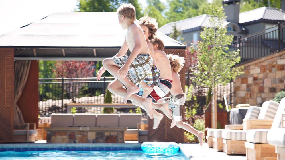 kids_pool.jpg