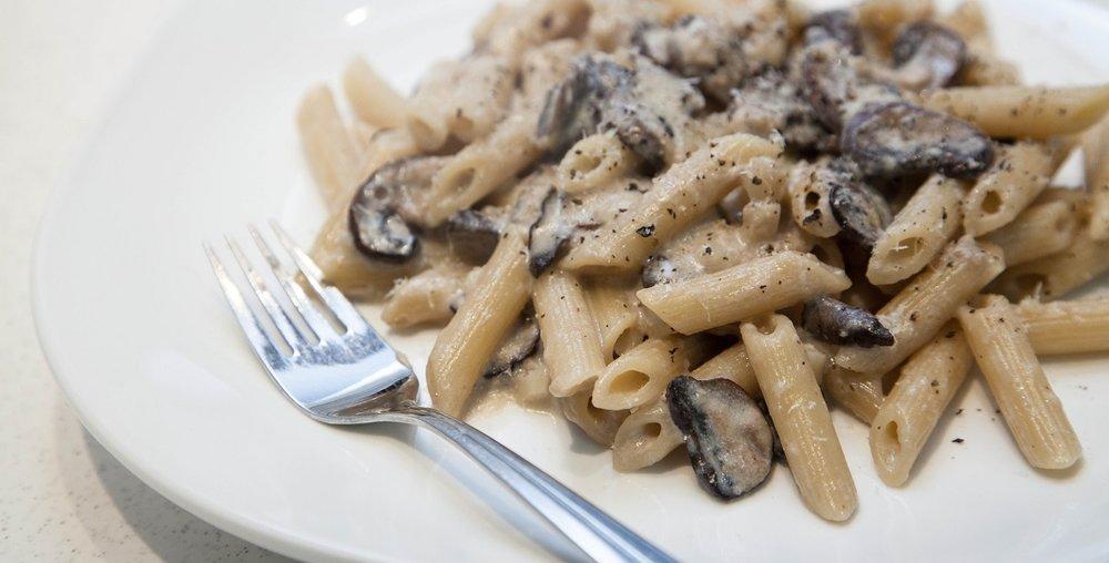 delicious creamy mushroom pasta
