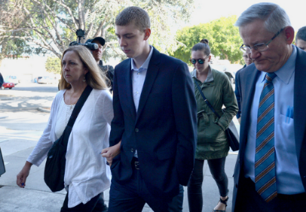 Brock Turner entering Santa Clara Superior Court with his parents. Courtesy:  Dan Honda/Bay Area News Group