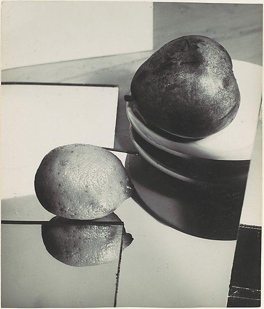Florence Henri - ca. 1929.jpg