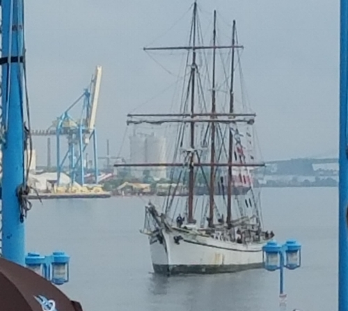 Tall Ships On The Delaware River
