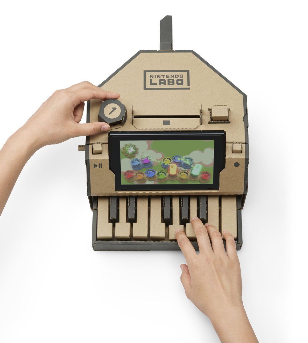 Switch_NintendoLabo_ToyCon_VarietyKit_04a_Piano.jpg