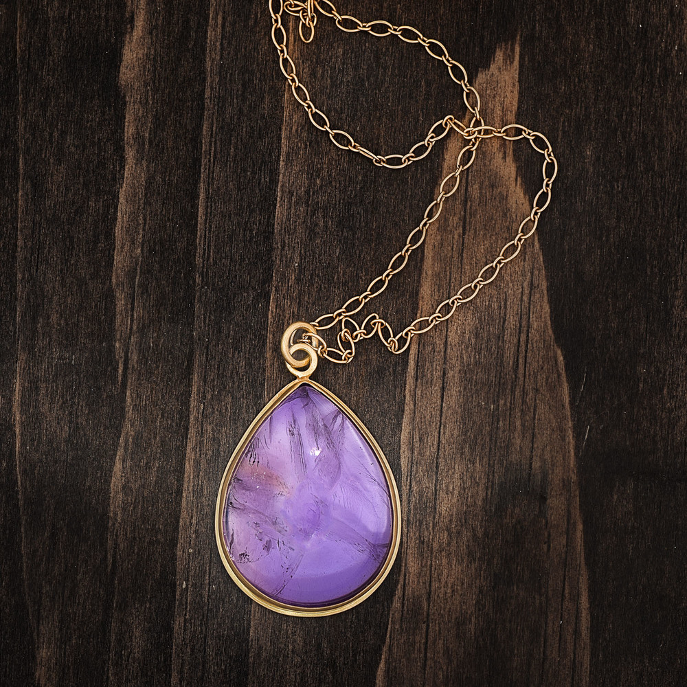 Amethyst-Cabochon-Pendant-Gold-Womens