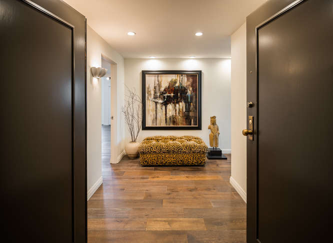10590 Wilshire Blvd Unit 1003-small-002-2-Entryway-666x487-72dpi.jpg