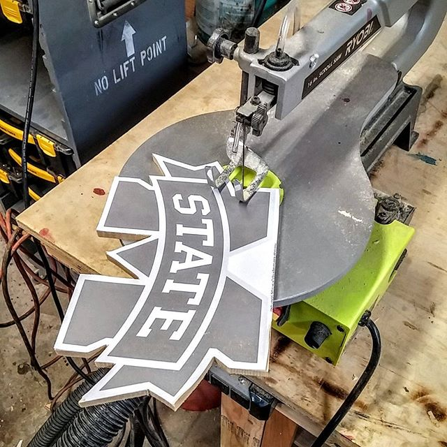 Lazy day in the shop today. Some relaxing scrollsaw projects are in order.  #shoptime #sunday #relaxation #relaxationtime #scrollsaw #scrollwork #ryobi #ryobination #jonnychappsmercantile #mississippi #mississippistate #bulldawgs #msu #hailstate