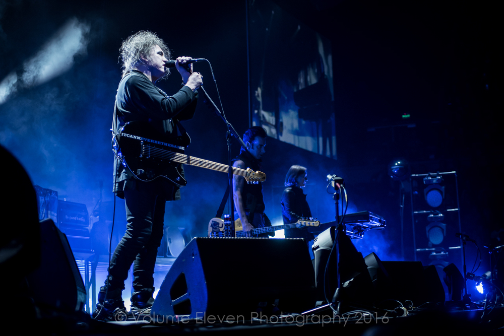 CLICK THE IMAGE ABOVE FOR LIVE PHOTOS FROM THE CURE'S AUCKLAND SHOW BY MITCHELL