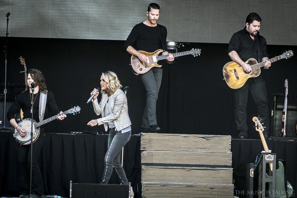 Carrie Underwood-7913.jpg