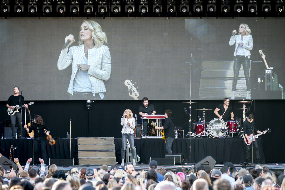 Carrie Underwood-8016.jpg