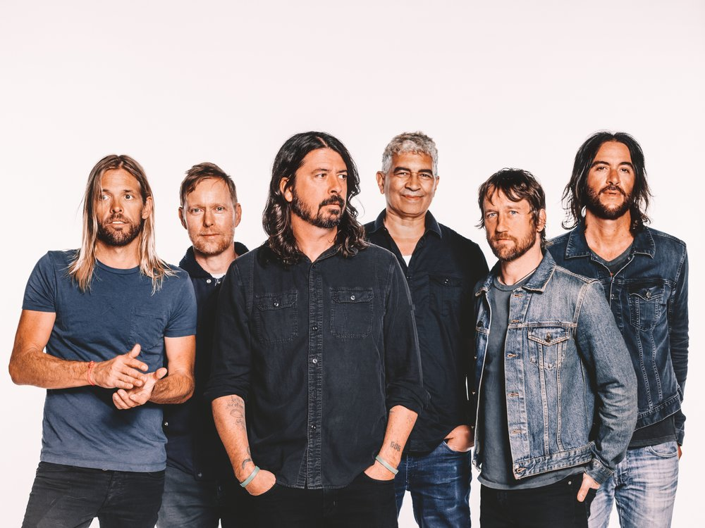 FOO FIGHTERS APPROVED PR PHOTO -  SEPTEMBER 2017.jpg