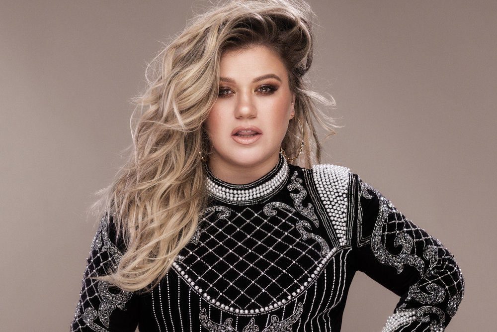 Kelly Clarkson - 005 - credit Vincent Peters[1].jpg