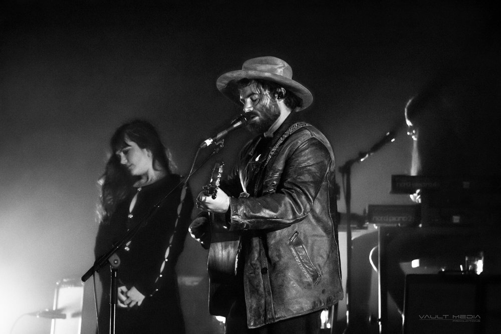 Concert Review with PHOTOS: Angus and Julia Stone — Libel Music
