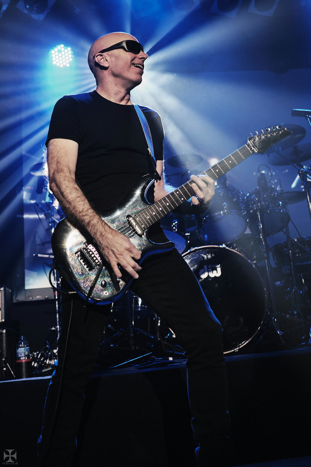 2018.12.04 Joe Satriani - DSC21261_branded.jpg