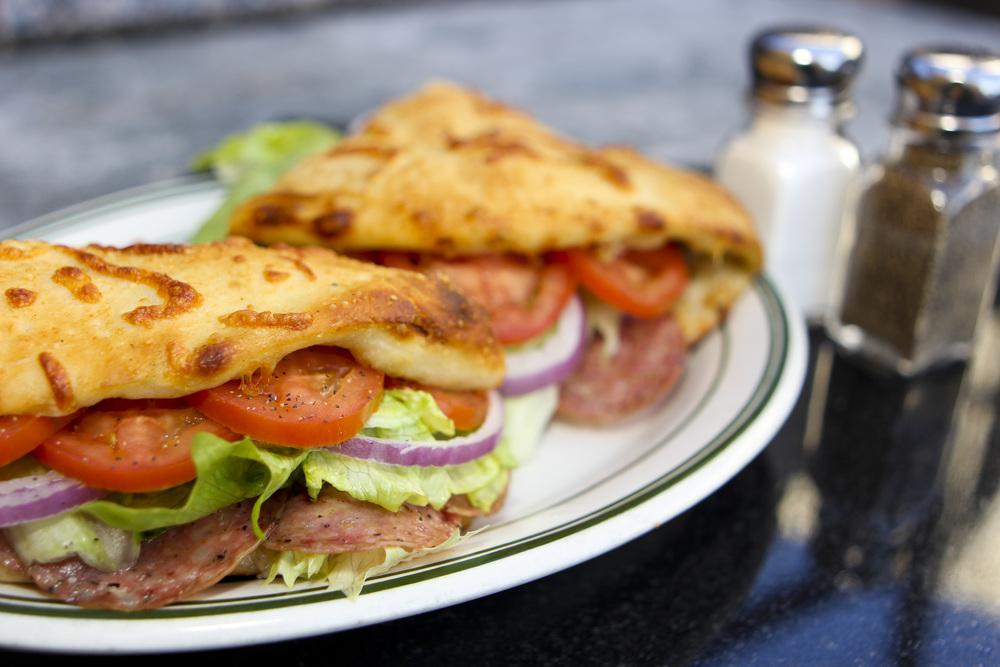 Ciros Pizza - 003.jpg