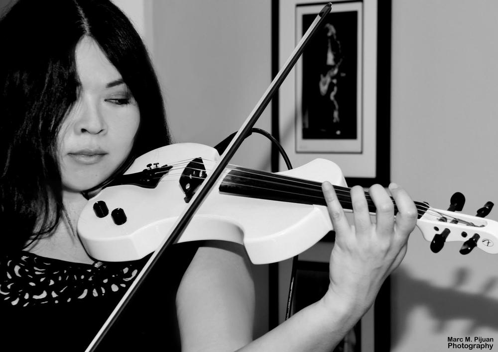 bw-violinedit2.jpg