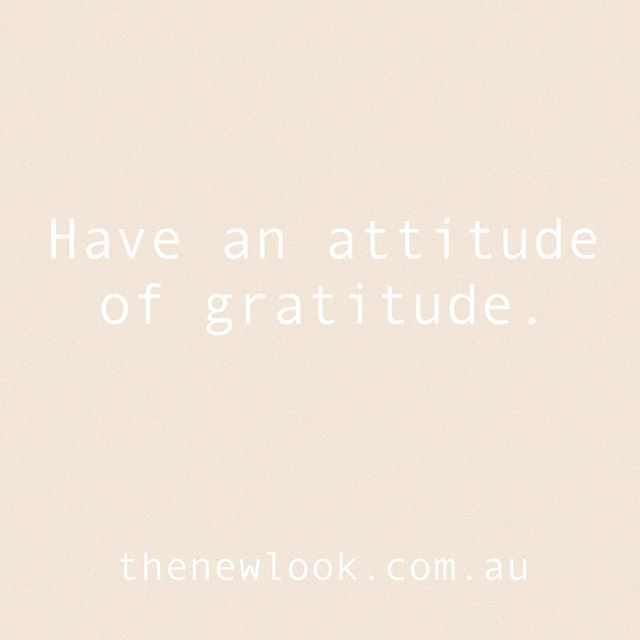 Give thanks 🙌🏻 The best way to start the day 🙋🏻‍♀️ #givethanks #thanks #thanksgiving #thankyou #attitude #gratitude #gratitudequotes #grateful #heart #quotestoliveby #quote #quotes #quoteoftheday #qotd #instagood #wisdom #livingwell #thatsdarling #thatsdarlingmovement #inspiration #inspo #inspoquote #thenewlookaus