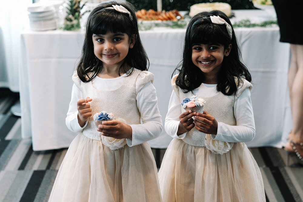 Flower Girls Twins - weddings
