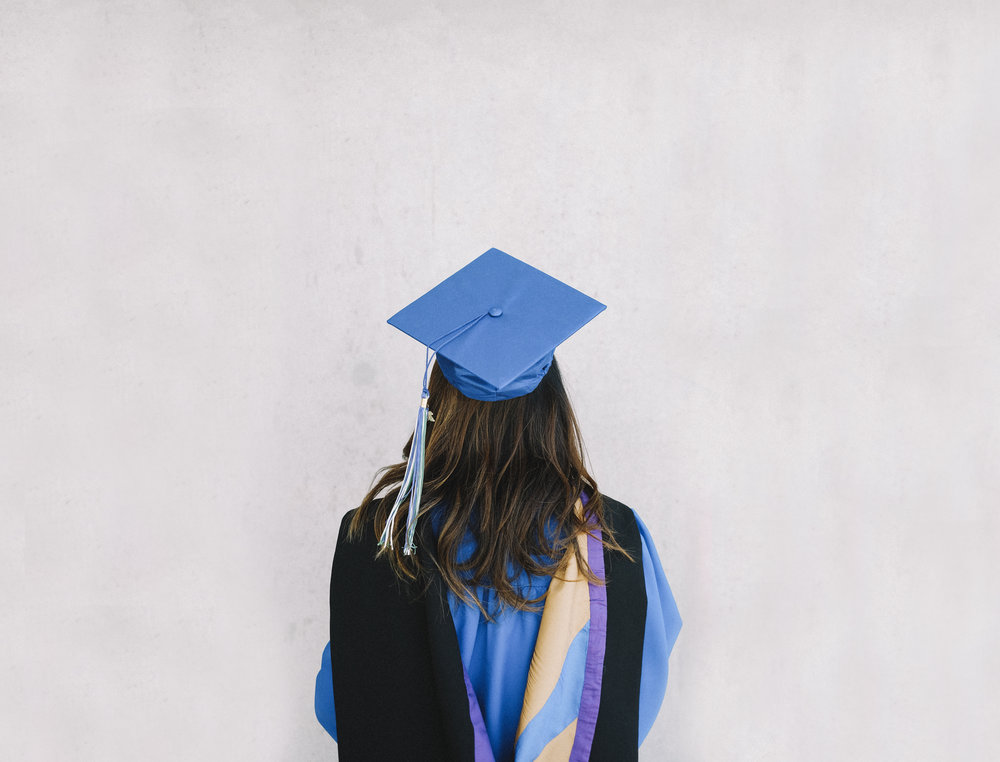 Graduation photography by a lifestyle photographer