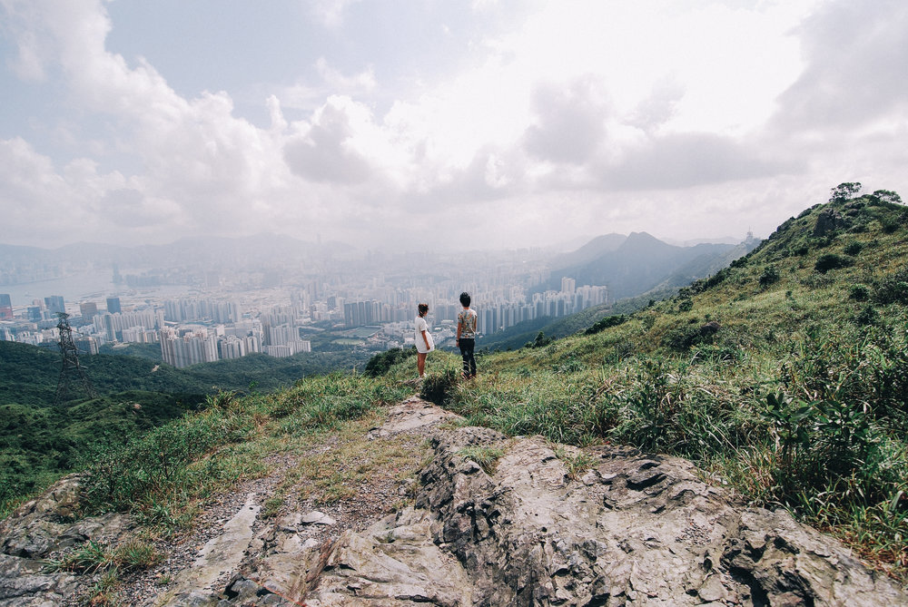 Couple inside on a mountain by a social media photographer