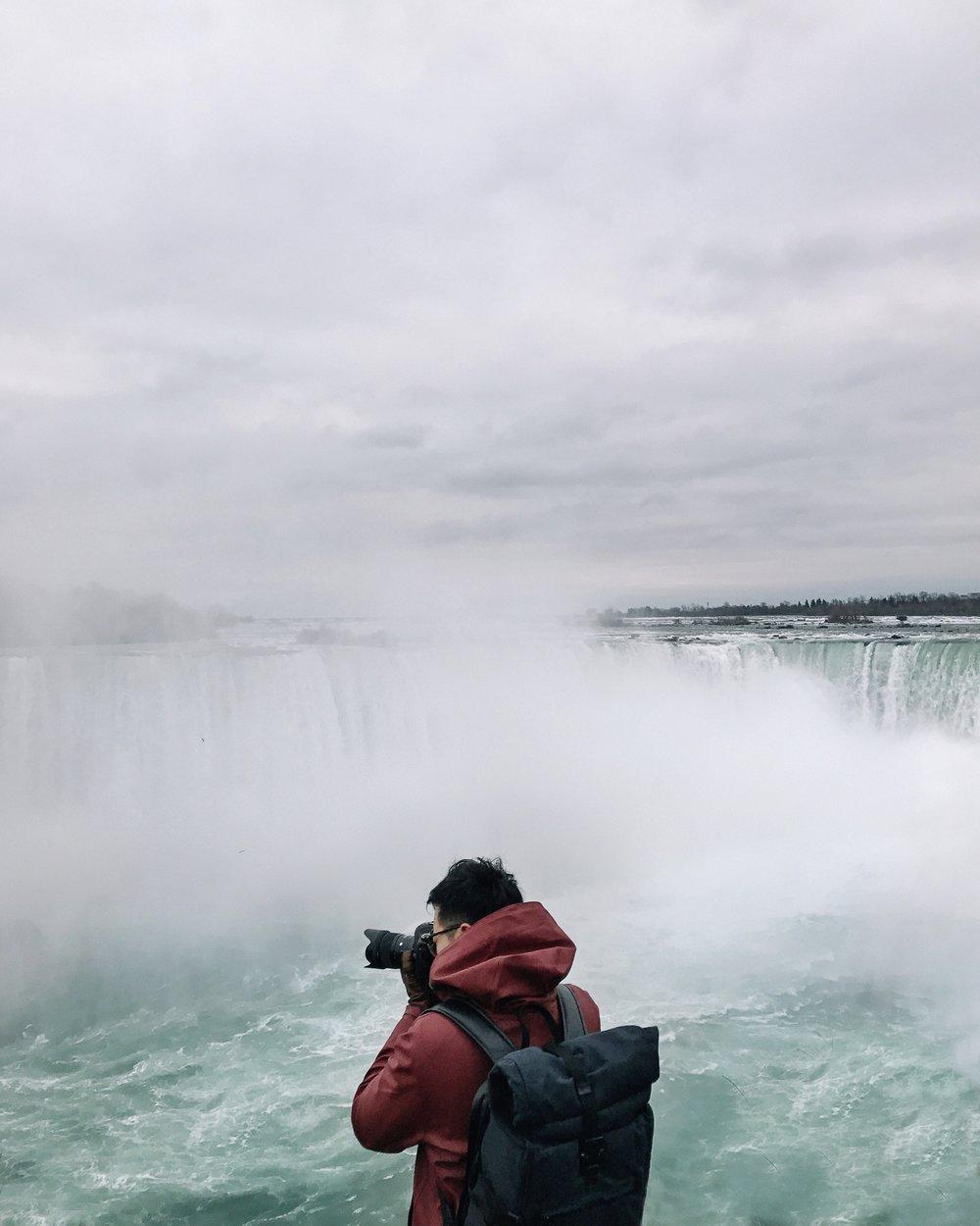 Niagara falls by a social media photographer