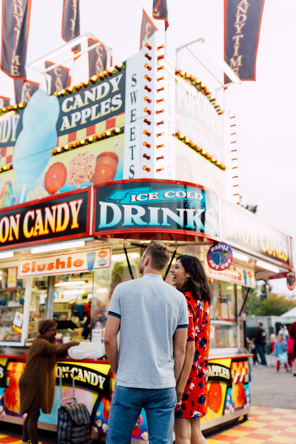 Engagement_Photography_Carnival_Fair-youthebestphotos-2.jpg