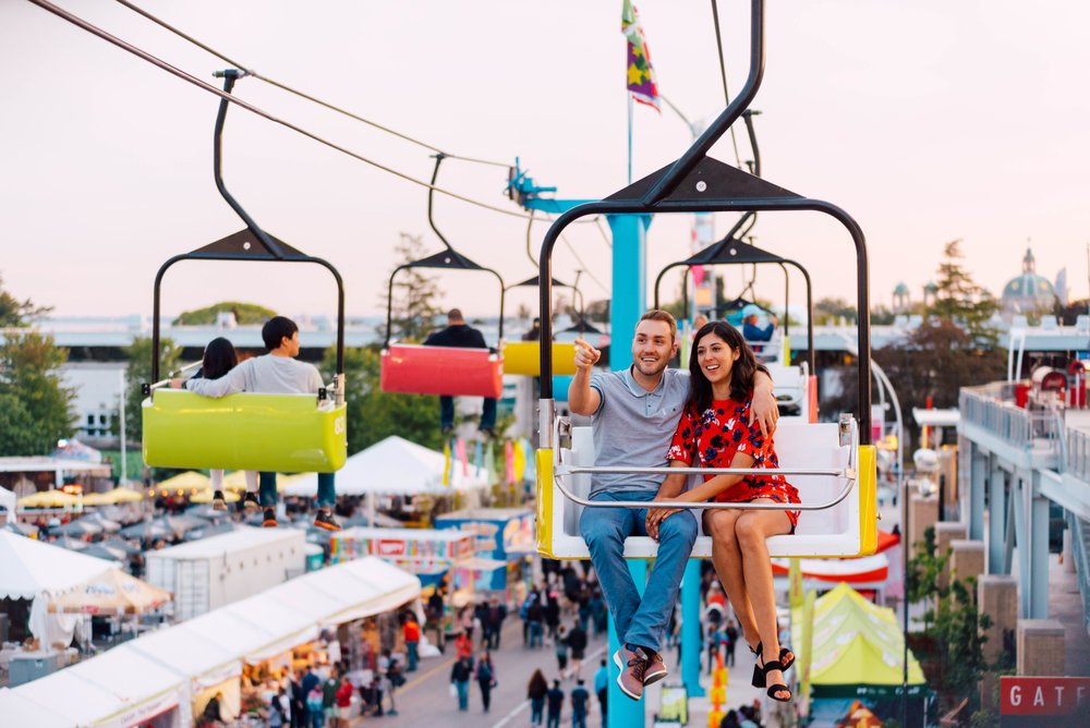 Engagement_Photography_Carnival_Fair-youthebestphotos-7.jpg
