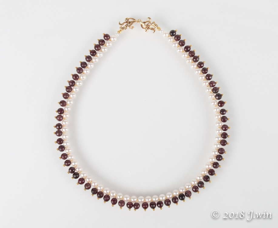 Classic beauty of garnet and fresh water pearl necklace