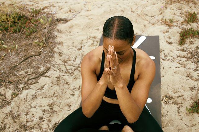 """Every time you smile at someone, it is an action of love, a gift to that person, a beautiful thing."" - Mother Teresa . Yogi: @angela_j_parker Warrior Mat: @ajloveyoga . Mandeerosedesigns@yahoo.com ▶ www.mandeerosephoto.com ◀ . . . #mandeerosephotography #namaste #yoga #yogaeverydamnday #love #exposure #photooftheday #yogalove #handstoheart #yogainspiration #yogapose #yogalife #yogagirl #lovewhatyoudo #loveyourself #prayerhands #yogaphotography #yogini #liveyourpower #corepoweryoga #yogaworks #lululemon #manduka #instagood #yogajourney #yogaaddict #anjalimudra #instadaily #mantra #mudra"