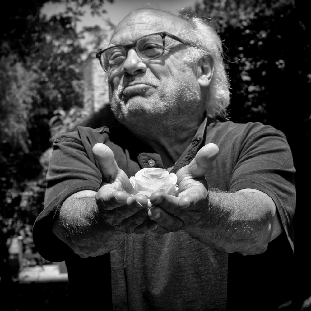 Danny DeVito, copyright Peace in 10,000 Hands 2014.jpg
