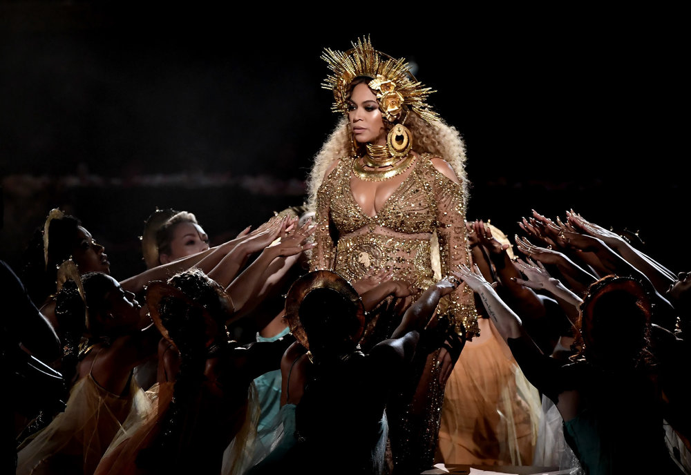 ct-how-beyonce-pulled-off-that-grammy-performance-20170212.jpg