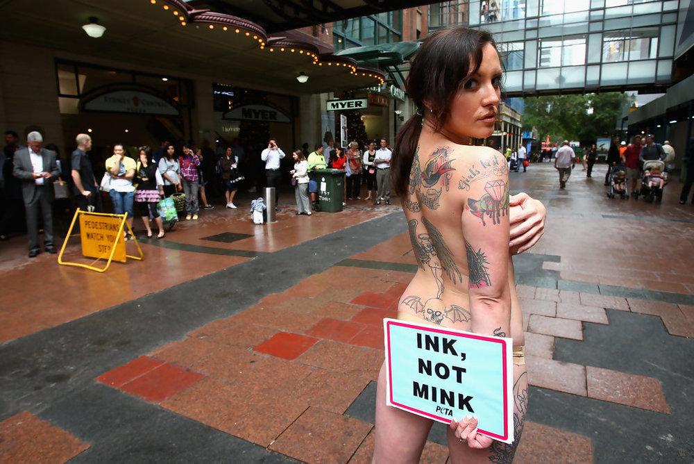 Tattooed+Model+Stages+PETA+Protest+Sydney+dEwGgOGMJBPx.jpg
