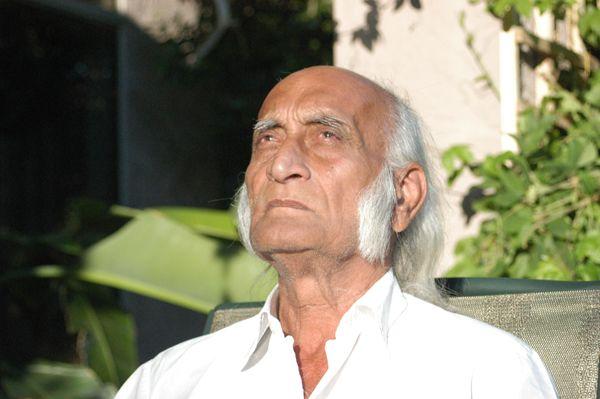 HRM, Hira Ratan Manek – the revitalizer of the ancient art of Sun Gazing