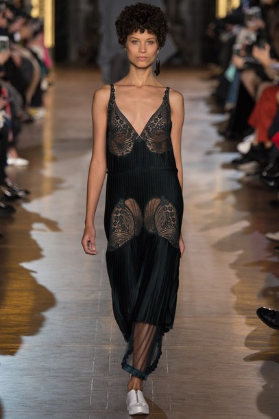b57d0g-l-610x610-dress-lace+dress-stella+mccartney-fashion+week+2016-black-black+dress-runway-paris+fashion+week+2016.jpg