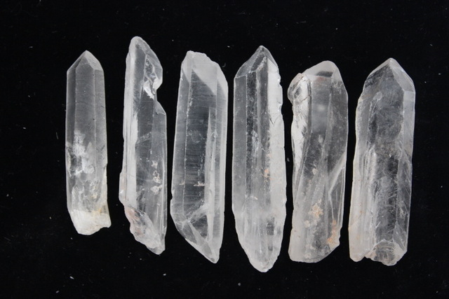 6-NATURAL-UNCUT-ROUGH-QUARTZ-CRYSTAL-DISPLAY-ORIGINAL-POINT-HEALING.jpg_640x640.jpg