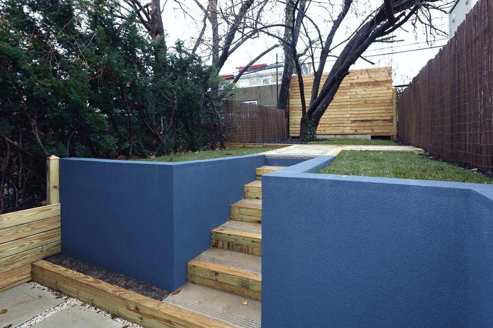 3523523 Sunnyside - exterior rear yard