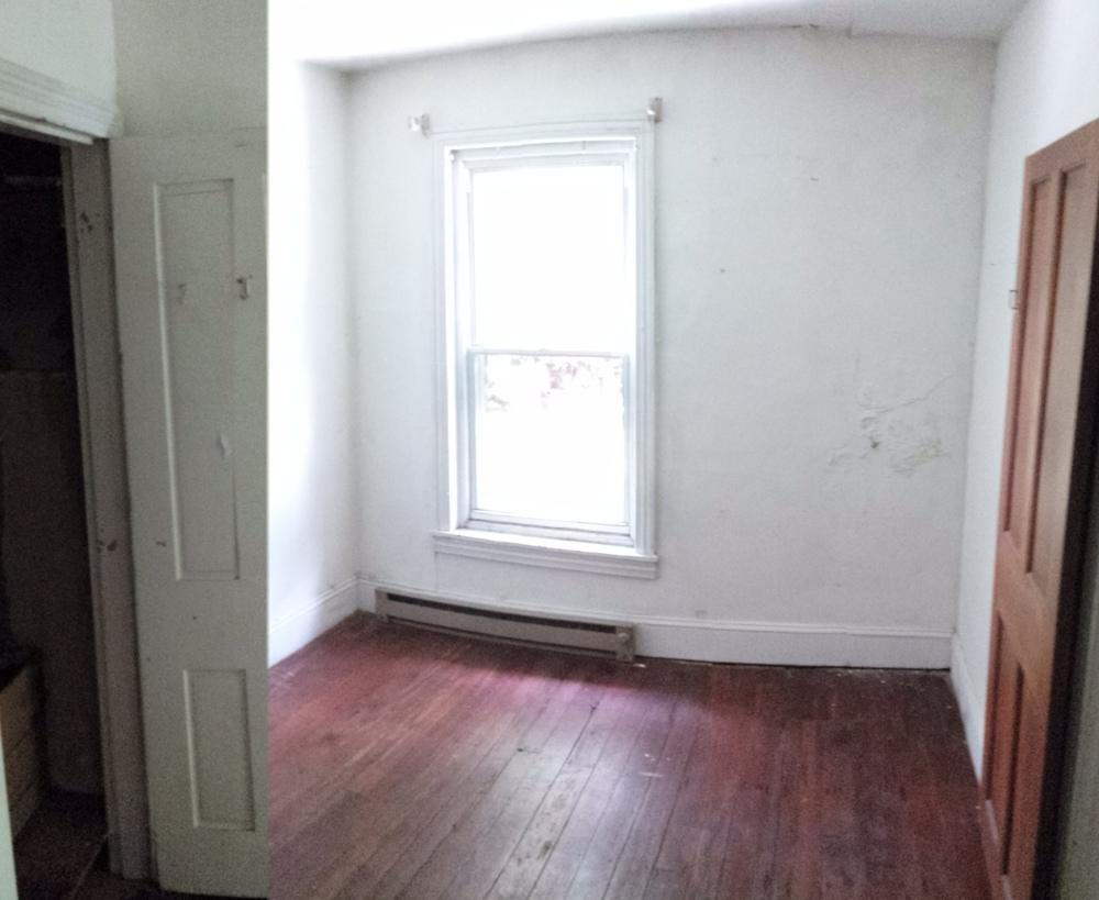 a6 - 3523 sunnyside exist bedroom 1.jpg