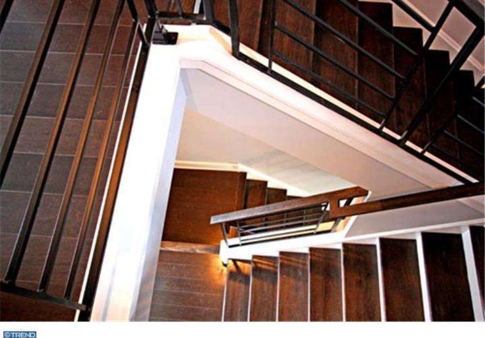 1834 Sepviva - stair4.jpg